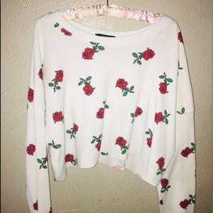 Long sleeve rose crop top